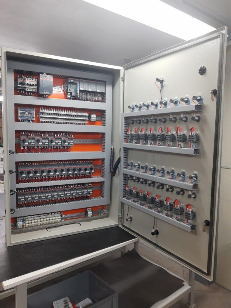 Projeto desenvolvido pela RH Materiais Elétricos