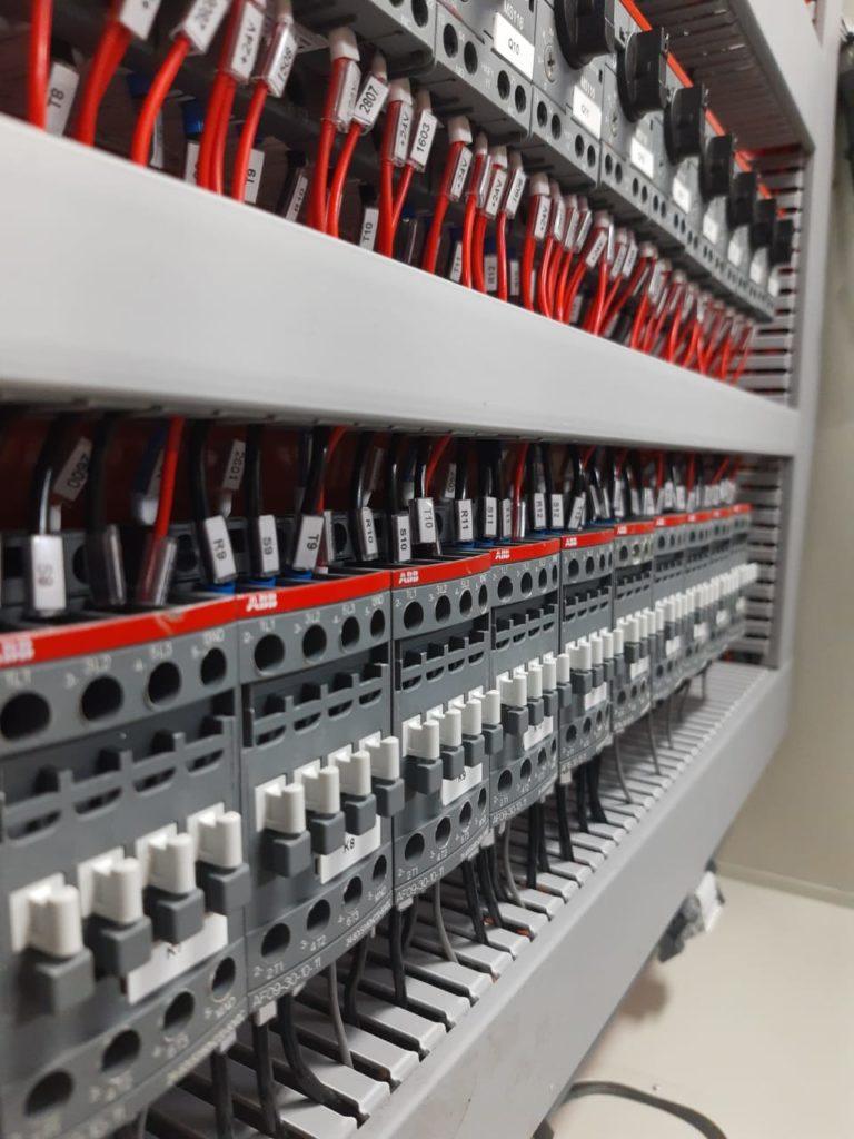 Projetos desenvolvidos na RH Materiais Elétricos são exportados para a Bolívia